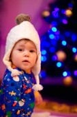 šťastná dívka doma. vánoční — Stock fotografie