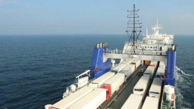 Big cargo ferry — 图库视频影像