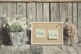 Vintage style effect Happy Sunday message on corkboard with flow — Stock fotografie