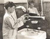 Boy brushing teeth — Stock Photo