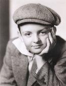 Gazeteci çocuk şapkalı çocuk — Stok fotoğraf