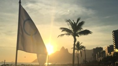 Olympic Flag Fluttering Rio de Janeiro Brazil Sunset — Stock Video