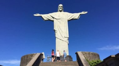 Tourist Crowds Arriving at Corcovado Rio Brazil — Stock Video