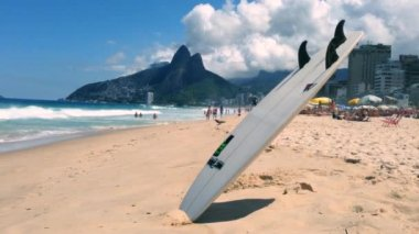 Surfboard Ipanema Beach Rio de Janeiro Brazil — Stock Video