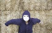 Masked woman outside — Stock Photo
