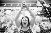 Donna con violenza — Foto Stock
