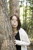 Girl mocking nature — Stock Photo