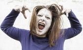 Ghostly girl screams — Stock Photo
