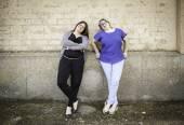 Girlfriends smiling — Stock Photo