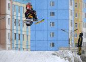 Nadim, Russia - April 19, 2009.: Snoukross. Vadim Vasuhin jump i — Foto Stock