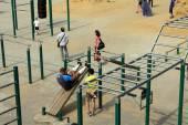 Samara, Russia - August 23, 2014: strangers on the Playground ex — Stock Photo