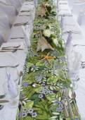 Gorgeous wedding table setting for fine dining at outdoors  — 图库照片