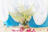 Wedding decorated table and set up on beach — Stock Photo