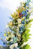 Wedding flowers on natural background — Stock Photo