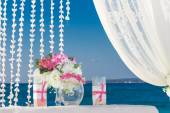 Beach wedding set up, tropical outdoor wedding reception, beauti — Stockfoto