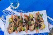 Fried fish on plate, closeup — Stock Photo