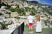 Couple holding hands in Positano, Italy — Stock Photo