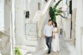 Beautiful couple in honeymoon in Sperlonga, Italy — Stock Photo