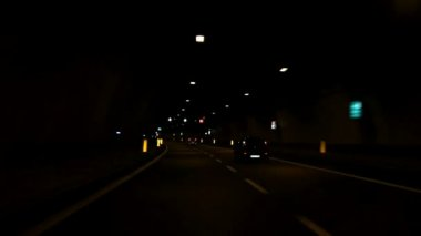 Car driving through tunnel — Stock Video