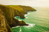 Irish landscape. Coastline atlantic ocean coast scenery. — Foto de Stock