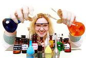Kemist kvinna med kemiska glas kolven isolerade — Stockfoto