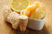 Ginger root, honey and lemon — Stock Photo