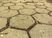 Hexagonal stone sidewalk — Stock Photo