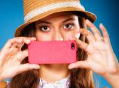 Woman taking selfie with smartphone — Foto de Stock