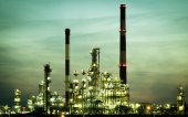 Refinery petrochemical plant in Gdansk — Foto Stock