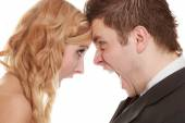 Woman and man yelling at each other. — Stock Photo