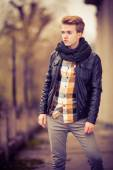 Young fashionable man posing — Stock Photo