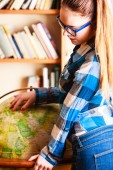 Girl in library — Stock Photo