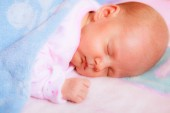 Little newborn baby girl sleeping — Stock Photo