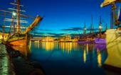 Sailing ships in harbor during the tall ships races — ストック写真