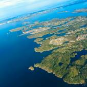 View from window of airplane flying over Norway Scandinavia. — Stock Photo