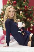 Beautiful girl with Christmas tree — Stock Photo