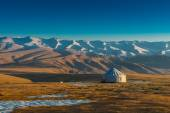 Yurt at the silk road — Stock Photo