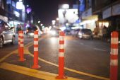 Evening traffic in downtown, chiangmai Thailand — Stock Photo