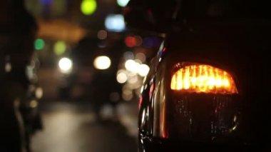 Whistler traffic sound in evening rush hour , Chiangmai Thailand — Stock Video