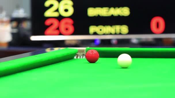 Snooker ball in match — Vídeo de stock