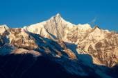 Kawagebo xueshang berg i kina — Stockfoto
