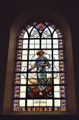 Stained glass window in Saint-Martin Church., Belgium — Zdjęcie stockowe