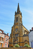 Neo-gothic Saint-Georges church in Fumay, Champagne-Ardenne, France — Stock Photo