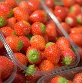 Fresh strawberry closeup — Stock Photo