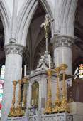 Altar in Collegiate Church Saint-Martin. Aalst, Belgium — Stock Photo