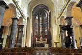 Interior details of Collegiate church of Saint-Denis of Liege — Stock Photo