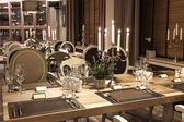 Classic restaurant interior — Stock Photo