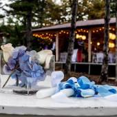 Flowers decoration and wedding celebration background — Stock Photo