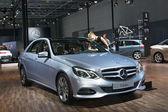 Mercedes-Benz E 300 — Стоковое фото