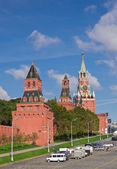 Moscow Kremlin wall and towers — Stock Photo